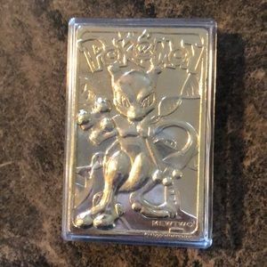 Vintage Pokémon Mewtwo gold plated cards